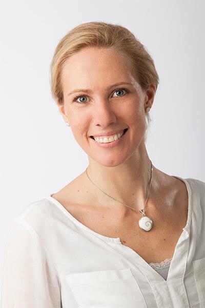 Kontakt Nicole Bommes - Trainerin für Verkaufs- und Serviceschulungen - Marketing- und Vertriebsassistenz